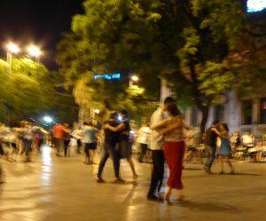 blurry_tango